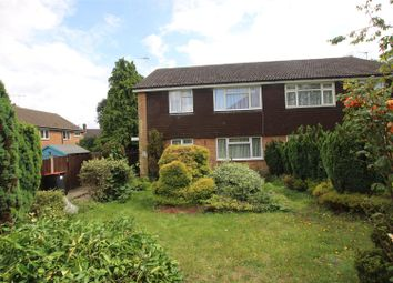 Thumbnail Maisonette to rent in Cookfield Close, Dunstable