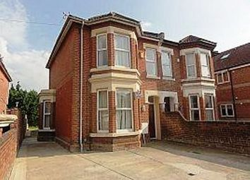 Thumbnail 3 bedroom flat to rent in Alma Road, Southampton