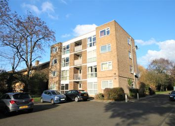 Thumbnail 2 bed flat to rent in Copers Cope Road, Beckenham