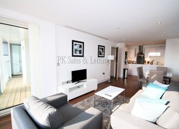Thumbnail 3 bed flat to rent in Lincoln Plaza, Canary Wharf