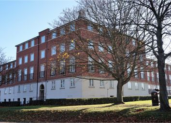 Thumbnail 2 bed flat for sale in Circular Road South, Colchester