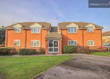 Thumbnail 1 bedroom flat to rent in Vincenzo Close, Welhams Green