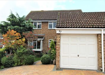 Thumbnail 4 bed detached house for sale in Avocet Close, Biggleswade