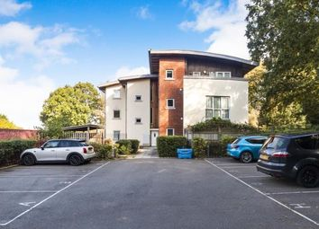 2 bed flat for sale in Freeborn Way, Bracknell, Berkshire RG12