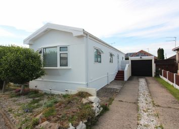 Thumbnail 1 bed mobile/park home for sale in Sunninghill Close, Bradwell