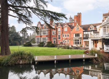 Thumbnail 3 bedroom flat for sale in Islet Park, Maidenhead