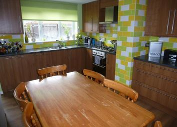 Thumbnail 5 bedroom terraced house for sale in Lakeview Way, Hampton Centre, Peterborough