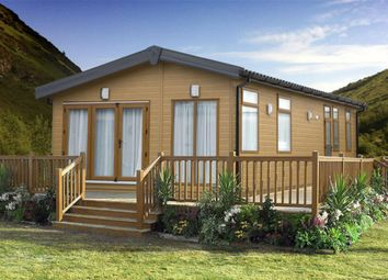 Thumbnail 2 bed mobile/park home for sale in Lydd Road, New Romney