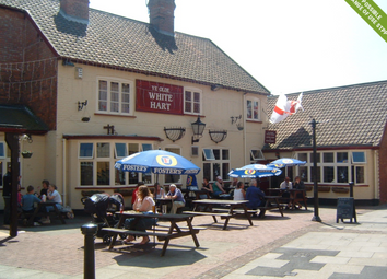 Thumbnail Pub/bar for sale in Freehold Market Place, Newark