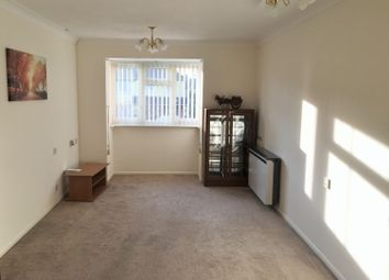 Thumbnail 1 bedroom flat for sale in Furzehill Road, Borehamwood