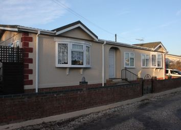 Thumbnail 3 bedroom bungalow for sale in Loddon Court Farm Park Homes, Beech Hill Road, Spencers Wood, Reading