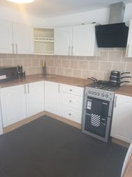 Thumbnail Room to rent in Georges Place, Hull
