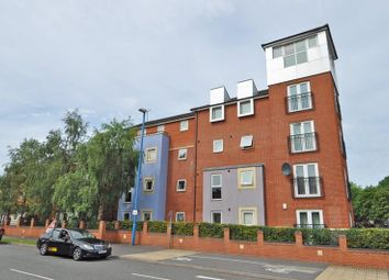 Thumbnail 2 bed flat to rent in Kinsey Road, Smethwick, Smethwick