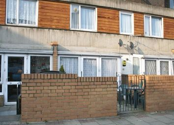 3 bed maisonette to rent in Mccullum Road, Bow, London E3
