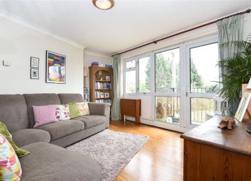 Thumbnail 2 bed flat for sale in Buttlehide, Maple Cross, Hertfordshire