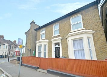 Thumbnail 1 bed flat for sale in St. James's Park, Croydon