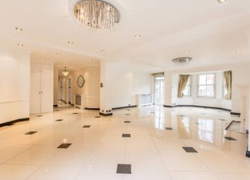 4 bed flat for sale in Abbey Road, St John's Wood, London NW8