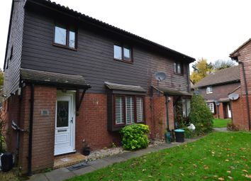 2 bed property to rent in Philpots Close, West Drayton UB7