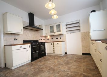 Thumbnail 4 bed property to rent in New Road, Rainham