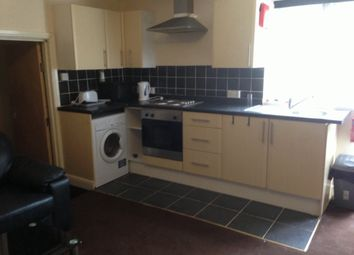 Thumbnail 2 bedroom flat to rent in Royal Park Terrace, Hyde Park, Leeds