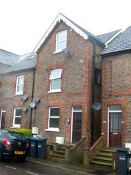 Thumbnail 1 bed flat to rent in Queens Road, East Grinstead, West Sussex