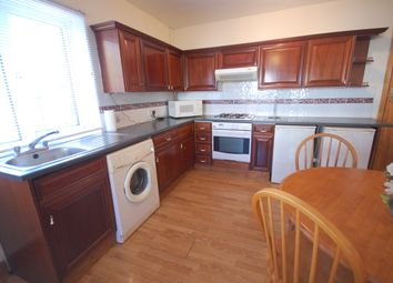 Thumbnail Flat to rent in Staveley Gardens, Chiswick