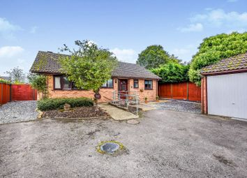 3 bed detached bungalow for sale in Lower Guildford Road, Knaphill, Woking GU21