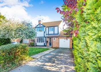 Thumbnail 4 bed detached house to rent in Wheeler Close, Burghfield Common, Reading