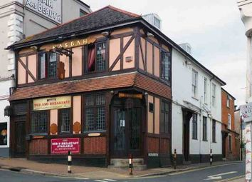 Thumbnail Pub/bar for sale in Union Street, Ryde