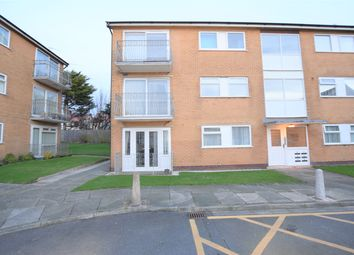 2 bed flat to rent in South Lawn, Blackpool FY4
