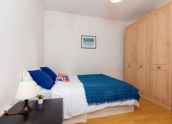 Room to rent in Selby Street, Whitechapel E1