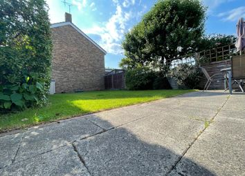 Thumbnail Terraced house for sale in Epsom Road, Furnace Green, Crawley