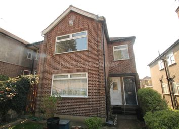 2 bed maisonette to rent in Perkins Road, Newbury Park IG2