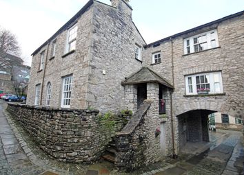 Thumbnail 2 bed flat to rent in Marvic Court, Highgate, Kendal