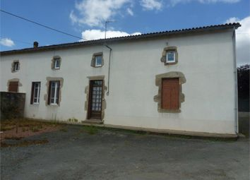 Thumbnail 5 bed property for sale in Poitou-Charentes, Deux-Sèvres, Bressuire