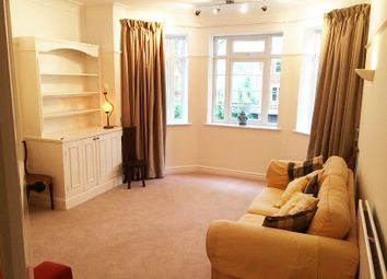 Thumbnail 3 bed flat to rent in Barrowgate Road, Chiswick