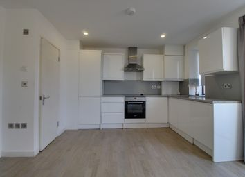 3 bed maisonette to rent in Butchers Road, London E16