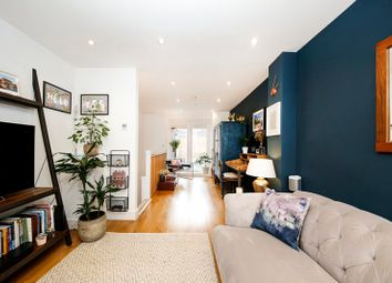 Thumbnail 2 bed town house for sale in Devonshire Road, London