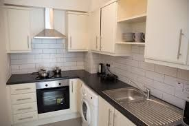 Thumbnail 2 bed maisonette to rent in Elsynge Road, Wandsworth
