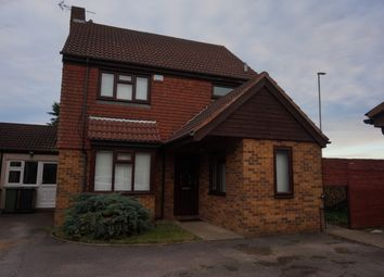 Thumbnail 4 bedroom detached house to rent in Freshwater Close, Luton, Bedfordshire