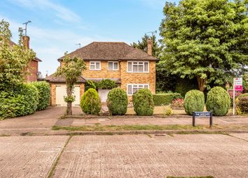 Thumbnail 4 bedroom detached house for sale in The Beeches, Tring