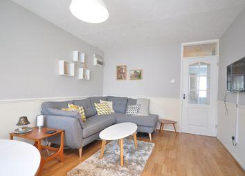 2 bed flat to rent in Uridge Crescent, Tonbridge TN10