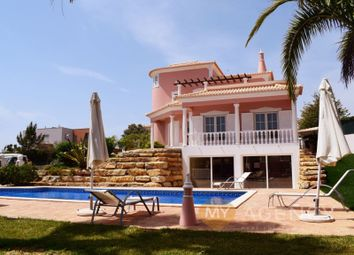 Quarteira, Loulé, Faro. 4 bed detached house