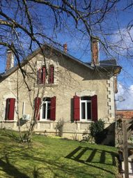 Thumbnail 5 bed town house for sale in Brossac, Cognac, Charente, Poitou-Charentes, France