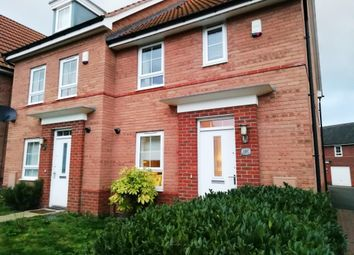 3 bed terraced house to rent in Goldstraw Lane, Fernwood, Newark NG24