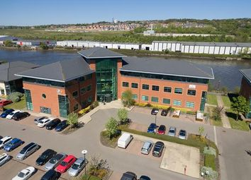 Office to let in Honeycomb The Watermark, Gateshead, Tyne And Wear NE11
