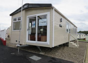 2 bed mobile/park home for sale in Manor Road, Hunstanton PE36