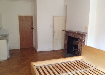 Thumbnail Studio to rent in Finchley Road, Hampstead, London