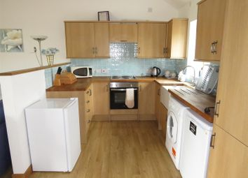 Thumbnail 2 bedroom property to rent in Station Road, Wisbech St. Mary, Wisbech