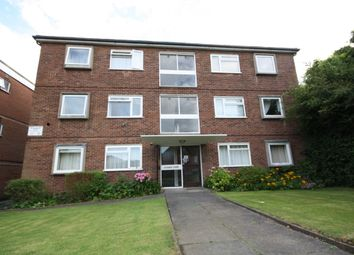 Thumbnail 2 bed flat to rent in Ollards Grove, Loughton